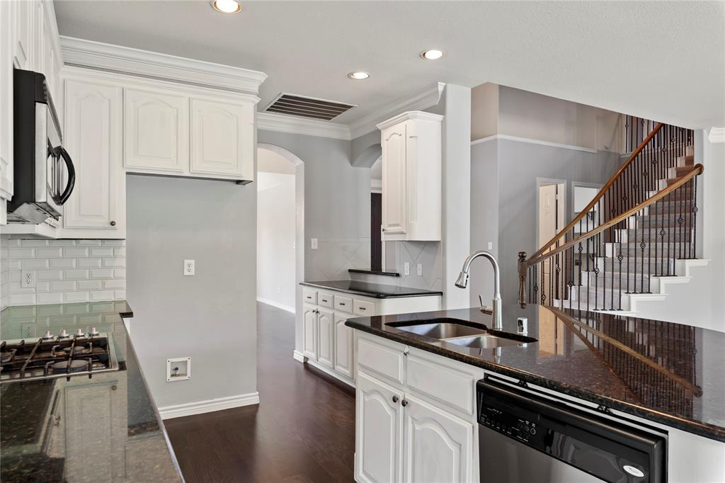 11715 Eden  Lane, Frisco, Texas 75033 - acquisto real estate best listing agent in the nation shana acquisto estate realtor