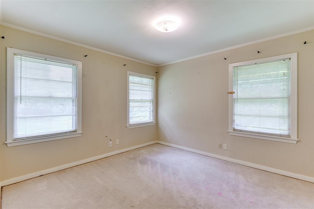 102 Pensacola  Avenue, Waxahachie, Texas 75165 - acquisto real estate best new home sales realtor linda miller executor real estate