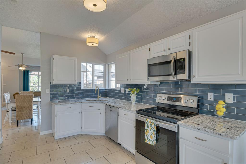 8608 Sabinas  Trail, Fort Worth, Texas 76118 - acquisto real estate best luxury buyers agent in texas shana acquisto inheritance realtor