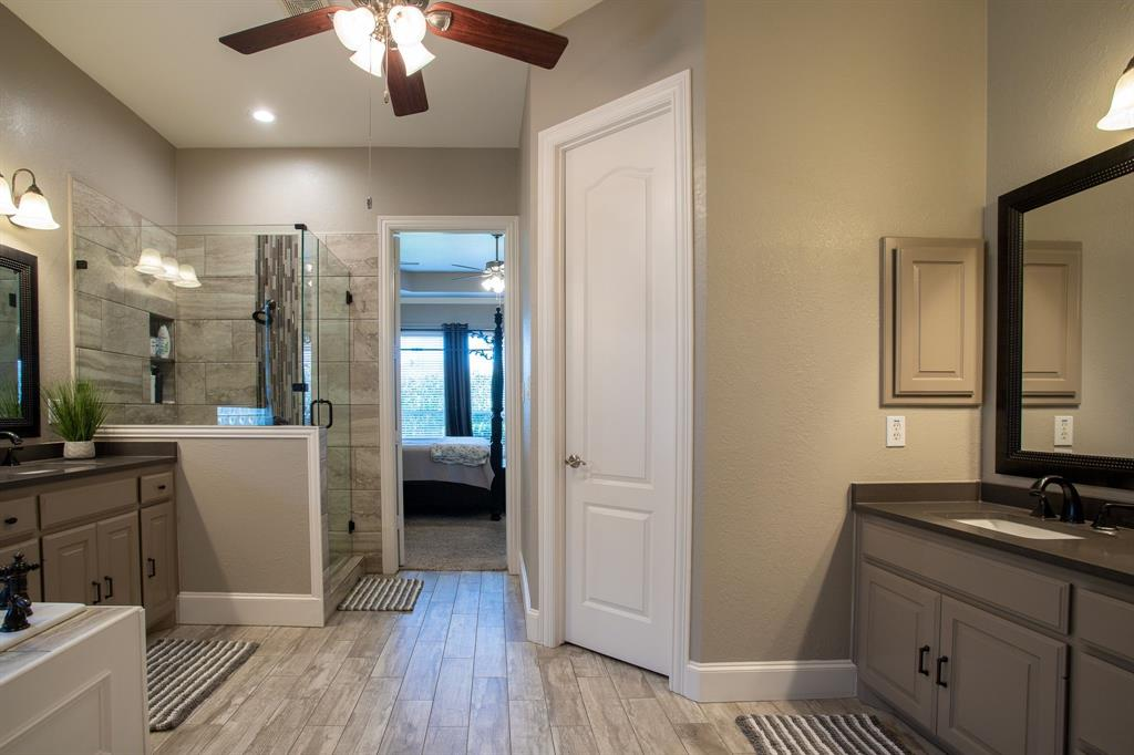 8406 Bridgewater  Rowlett, Texas 75088 - acquisto real estate best new home sales realtor linda miller executor real estate