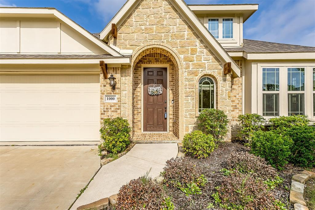 1000 Tarragon  Drive, Burleson, Texas 76028 - acquisto real estate best allen realtor kim miller hunters creek expert