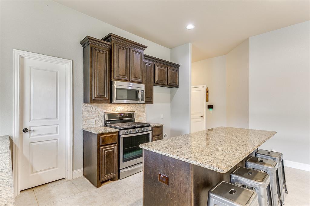 1000 Tarragon  Drive, Burleson, Texas 76028 - acquisto real estate best luxury buyers agent in texas shana acquisto inheritance realtor