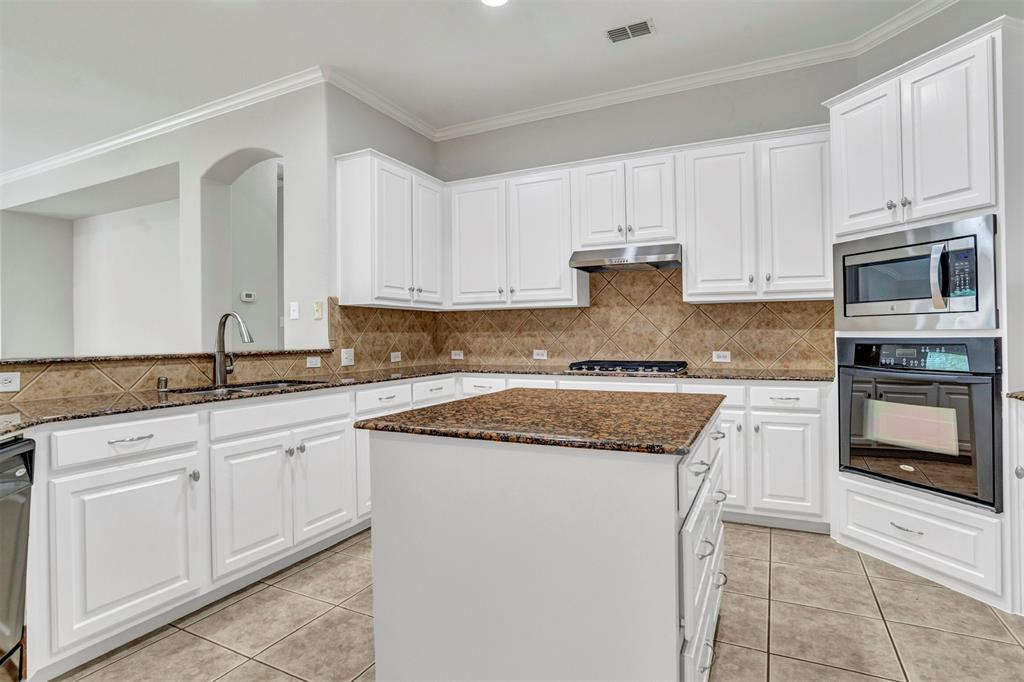 5100 Chatburn  Lane, McKinney, Texas 75070 - acquisto real estate best listing listing agent in texas shana acquisto rich person realtor