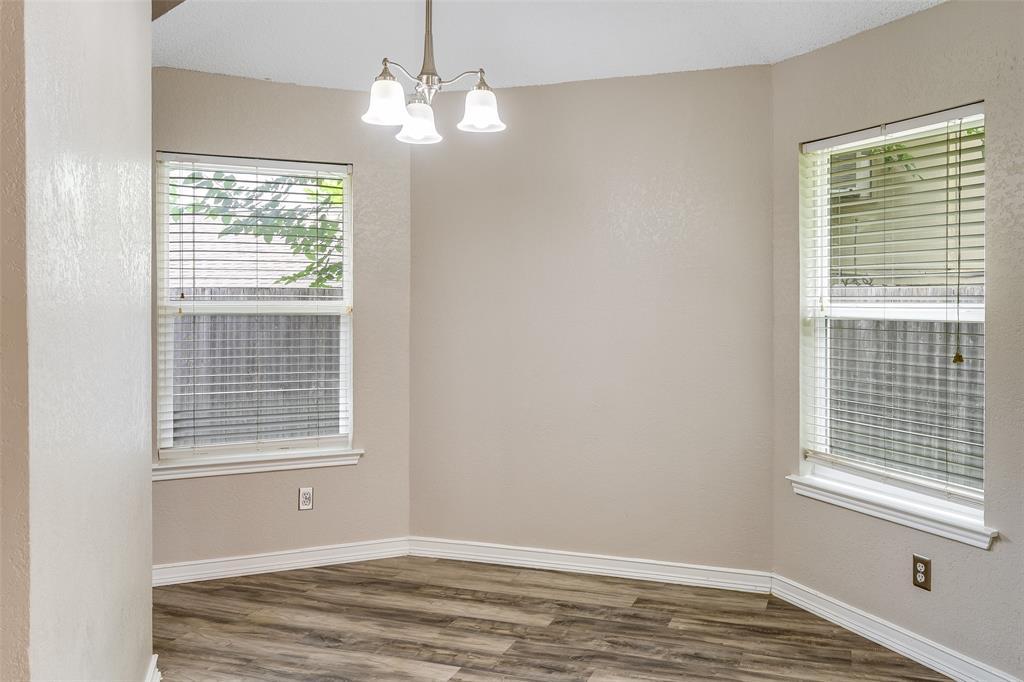1025 Hills  Terrace, Saginaw, Texas 76179 - acquisto real estate best celina realtor logan lawrence best dressed realtor