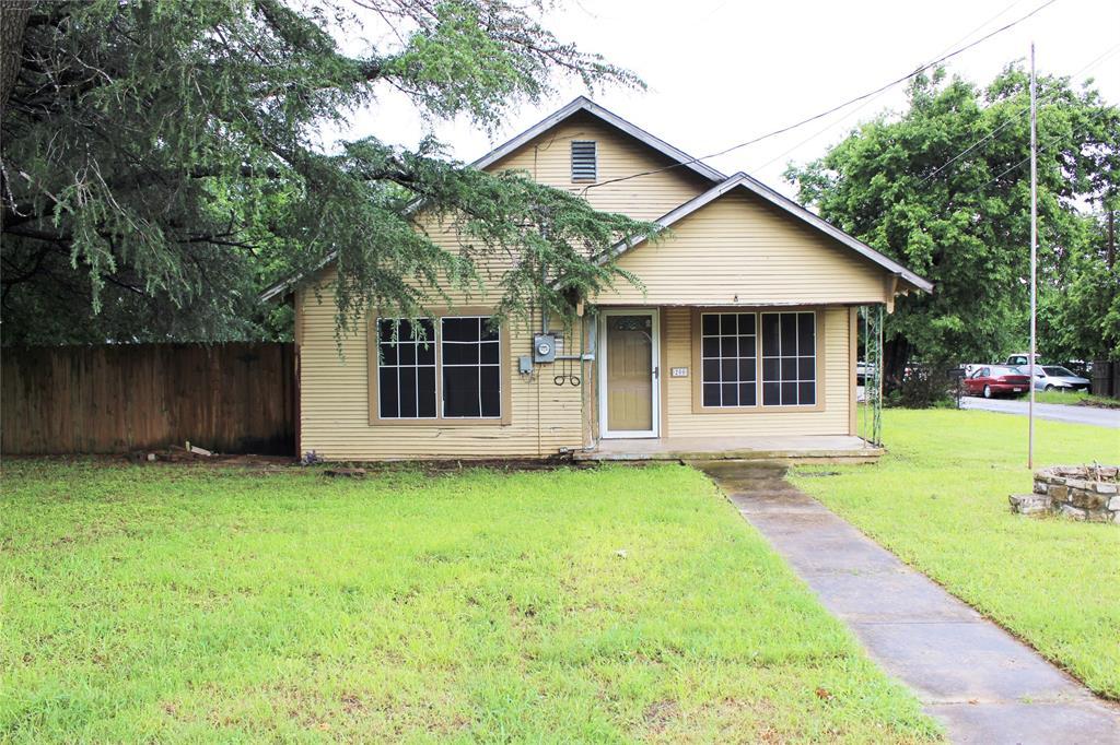 200 Lennox  Street, Stephenville, Texas 76401 - Acquisto Real Estate best mckinney realtor hannah ewing stonebridge ranch expert