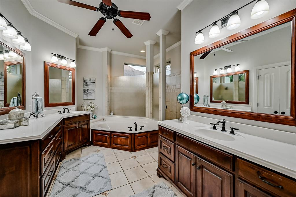 1040 Falcon Creek  Drive, Kennedale, Texas 76060 - acquisto real estate best realtor westlake susan cancemi kind realtor of the year