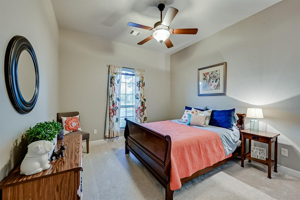 1040 Falcon Creek  Drive, Kennedale, Texas 76060 - acquisto real estate best listing photos hannah ewing mckinney real estate expert