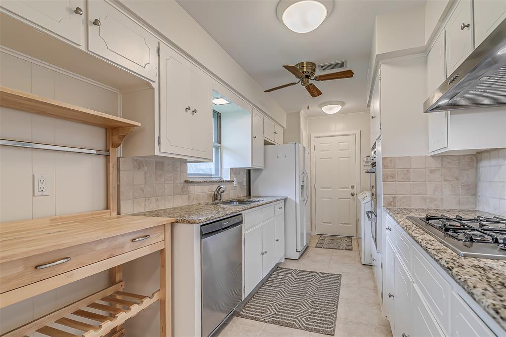 9018 Flicker  Lane, Dallas, Texas 75238 - acquisto real estate best real estate company in frisco texas real estate showings