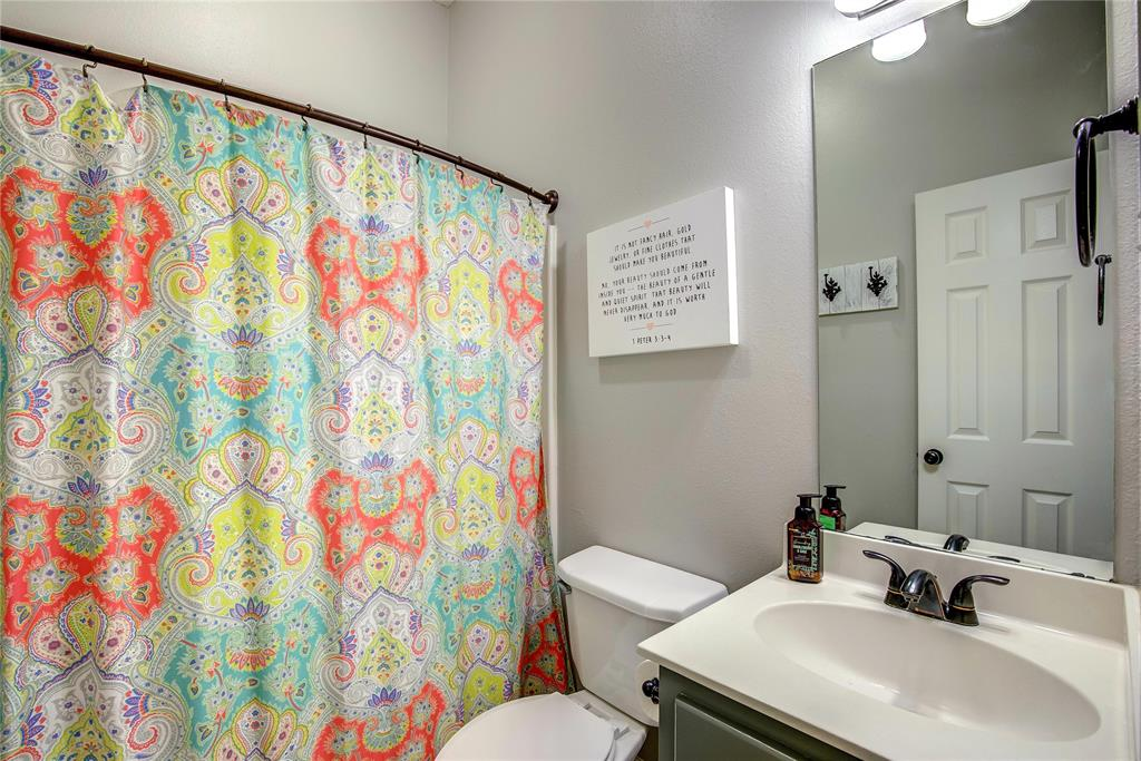 6907 Gold  Street, Greenville, Texas 75402 - acquisto real estate best negotiating realtor linda miller declutter realtor