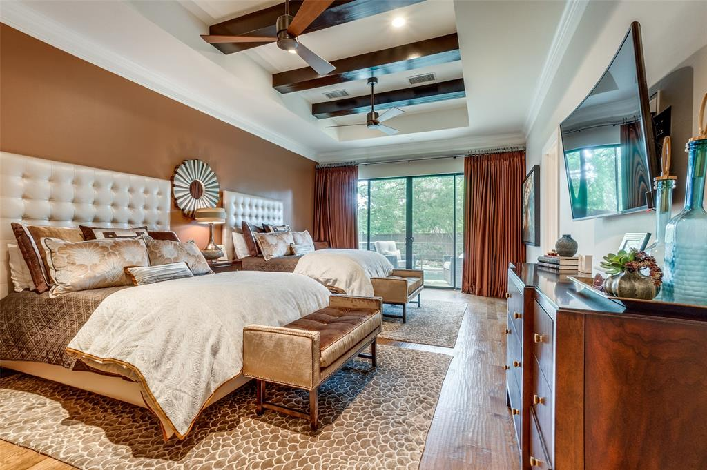 11232 Russwood  Circle, Dallas, Texas 75229 - acquisto real estate best negotiating realtor linda miller declutter realtor