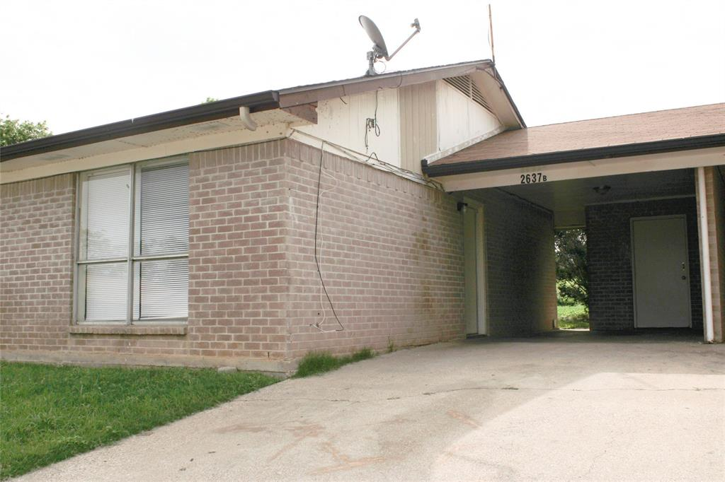 2637 Randol Mill  Road, Arlington, Texas 76012 - Acquisto Real Estate best plano realtor mike Shepherd home owners association expert