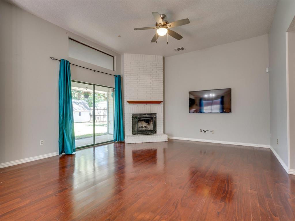 210 Mahogany  Drive, Arlington, Texas 76018 - acquisto real estate best allen realtor kim miller hunters creek expert
