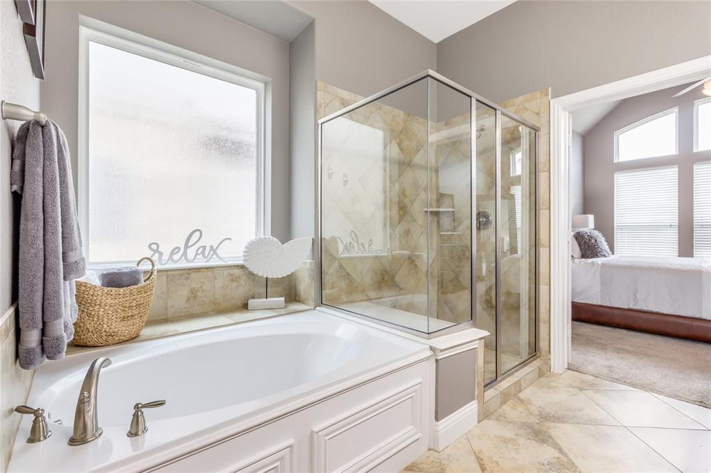 2425 Kingsgate  Drive, Little Elm, Texas 75068 - acquisto real estate best realtor westlake susan cancemi kind realtor of the year