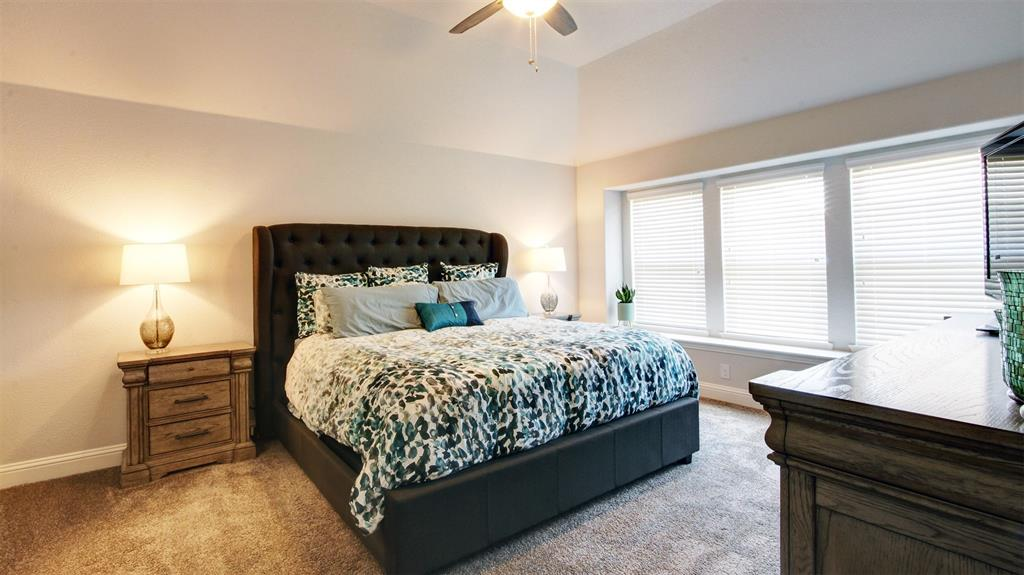 604 Forefront  Avenue, Celina, Texas 75009 - acquisto real estate best photos for luxury listings amy gasperini quick sale real estate