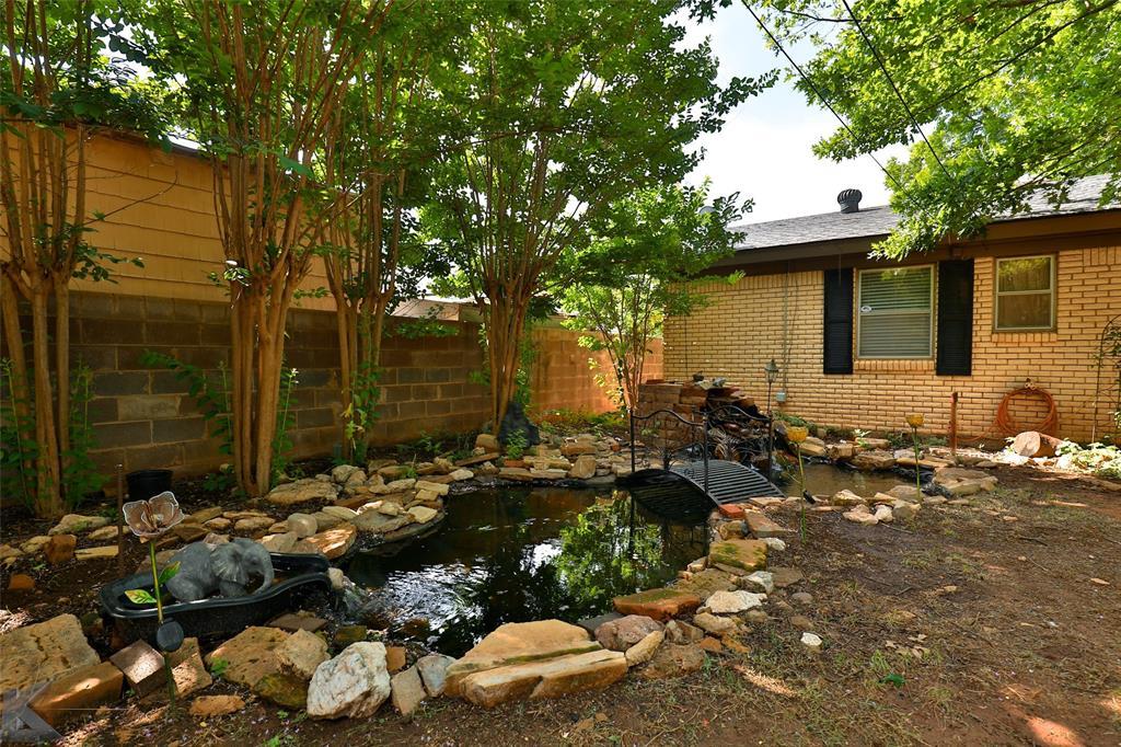 3916 Laurel  Drive, Abilene, Texas 79603 - acquisto real estate best relocation company in america katy mcgillen