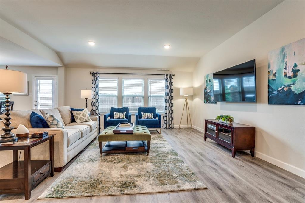 1705 Princeton  Avenue, Farmersville, Texas 75442 - acquisto real estate best real estate company in frisco texas real estate showings