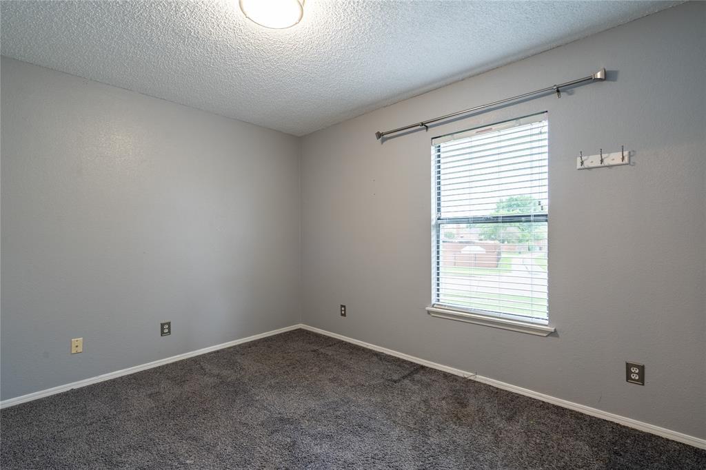 998 Acorn  Drive, Lewisville, Texas 75067 - acquisto real estate best negotiating realtor linda miller declutter realtor
