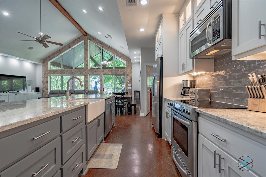 124 Robin Hood  Way, Gun Barrel City, Texas 75156 - acquisto real estate best highland park realtor amy gasperini fast real estate service