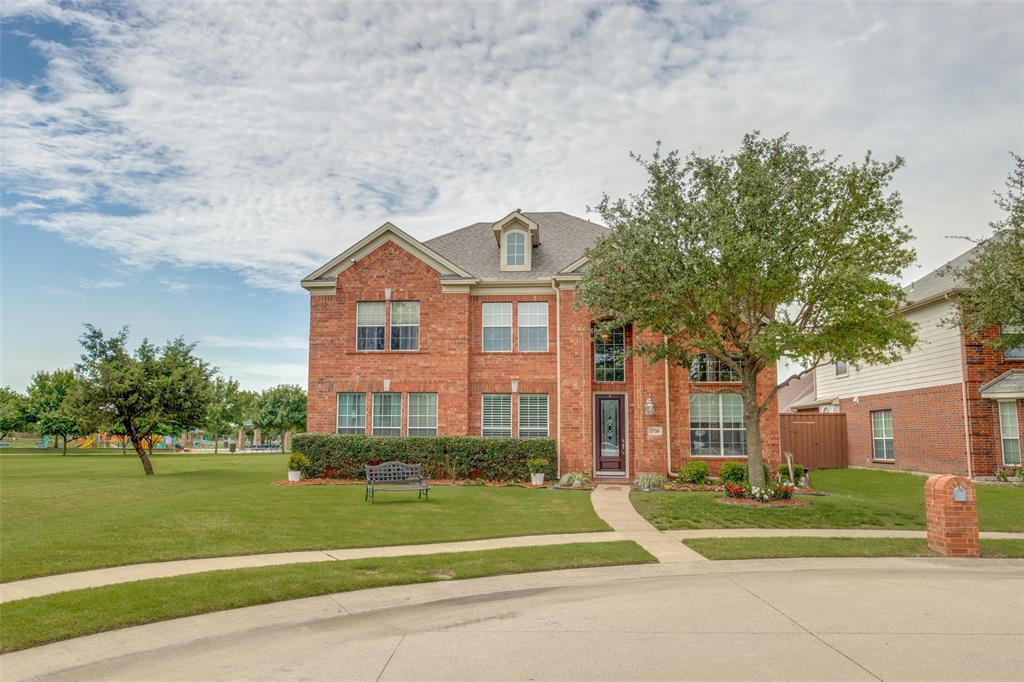 1720 Tulare  Drive, Allen, Texas 75002 - Acquisto Real Estate best plano realtor mike Shepherd home owners association expert