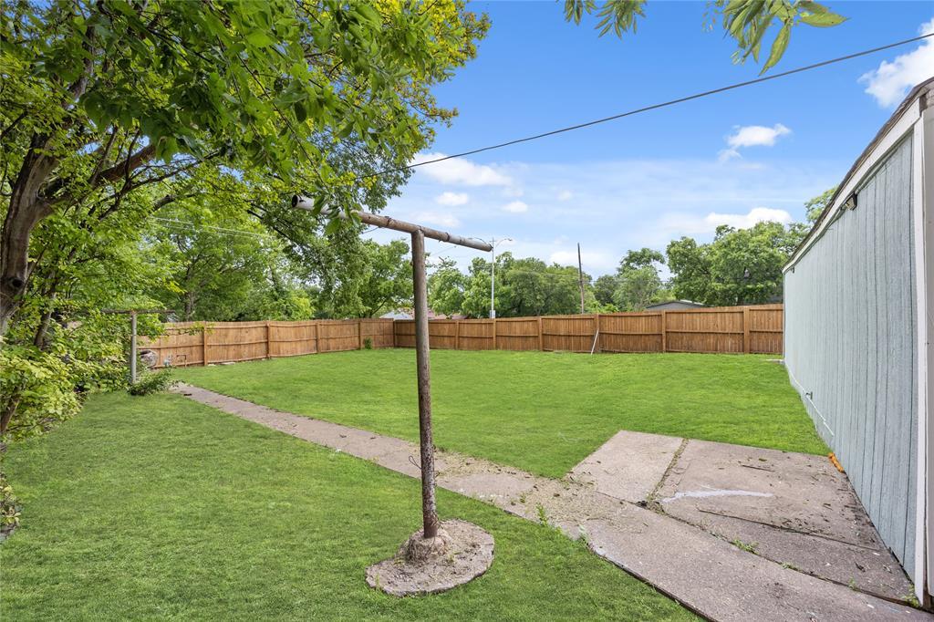 3138 Ramsey  Avenue, Dallas, Texas 75216 - acquisto real estate best realtor foreclosure real estate mike shepeherd walnut grove realtor
