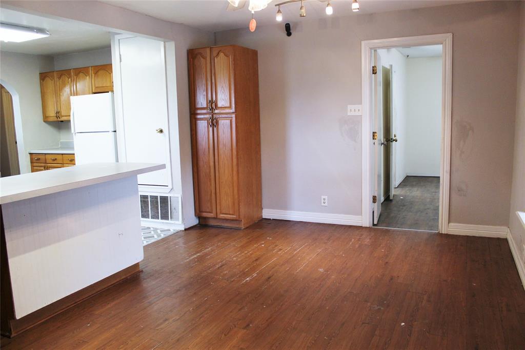 200 Lennox  Street, Stephenville, Texas 76401 - acquisto real estate best highland park realtor amy gasperini fast real estate service