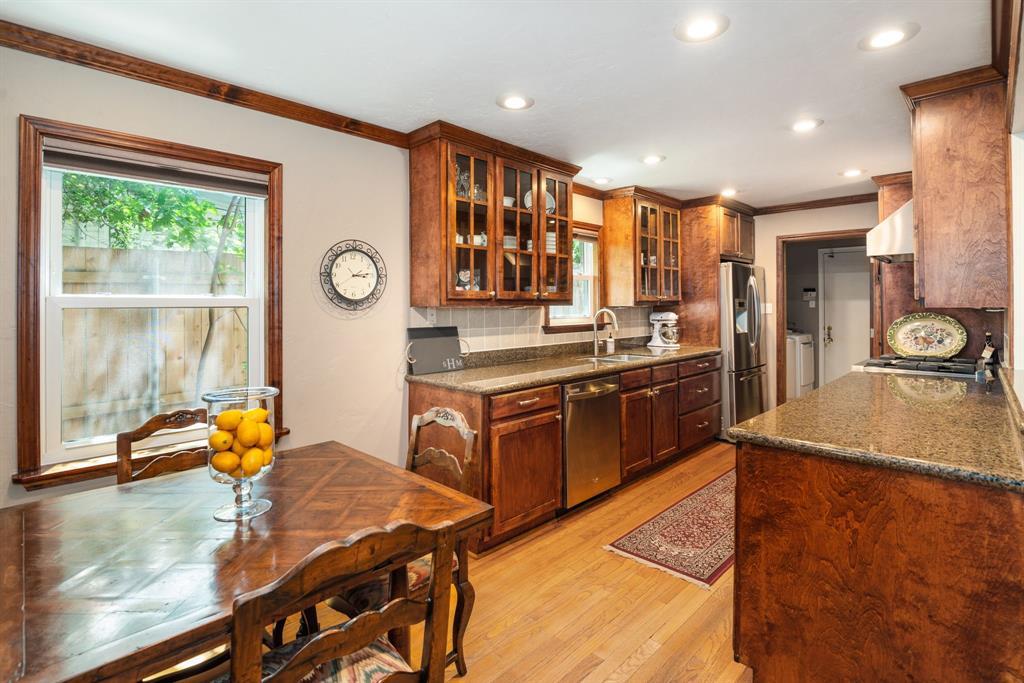 9525 Spring Branch  Drive, Dallas, Texas 75238 - acquisto real estate best listing listing agent in texas shana acquisto rich person realtor