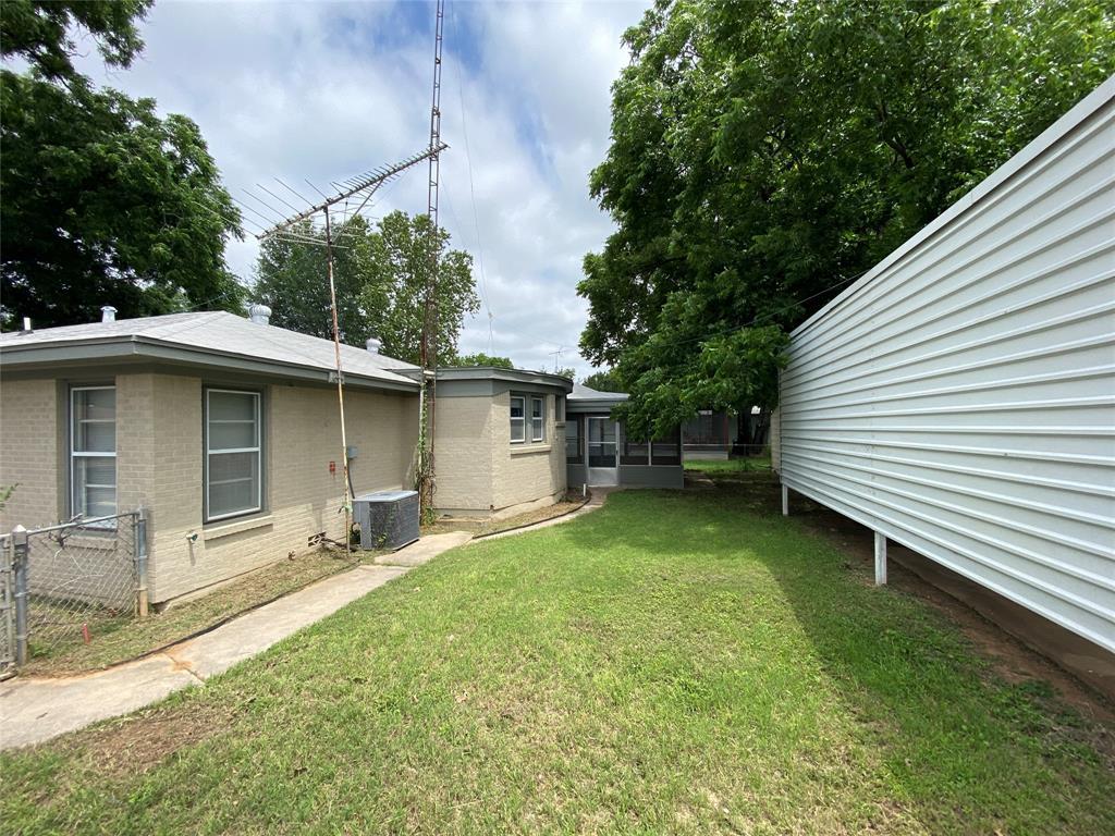 112 Koldin  Lane, Westworth Village, Texas 76114 - acquisto real estate best frisco real estate agent amy gasperini panther creek realtor