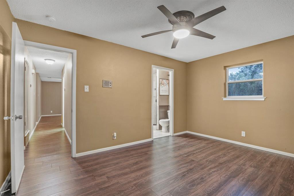 800 Prestwick  Street, Bedford, Texas 76022 - acquisto real estate best new home sales realtor linda miller executor real estate