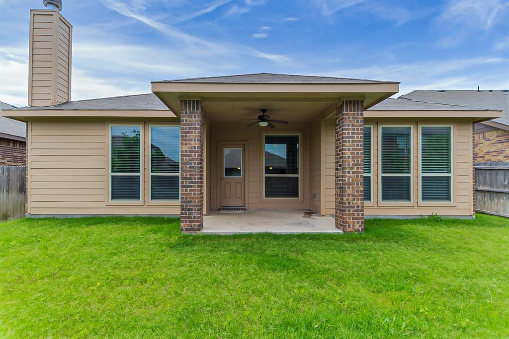 11308 Dorado Vista  Trail, Fort Worth, Texas 76052 - acquisto real estate best celina realtor logan lawrence best dressed realtor