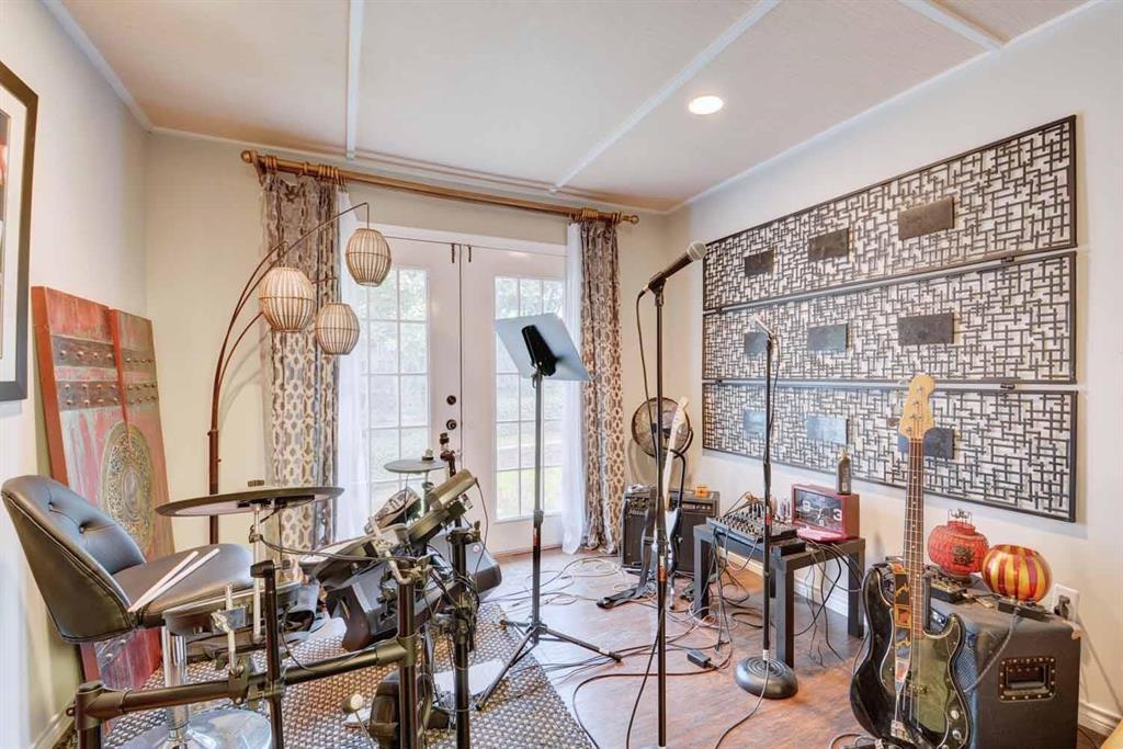 2005 Crockett  Court, Irving, Texas 75038 - acquisto real estate best negotiating realtor linda miller declutter realtor