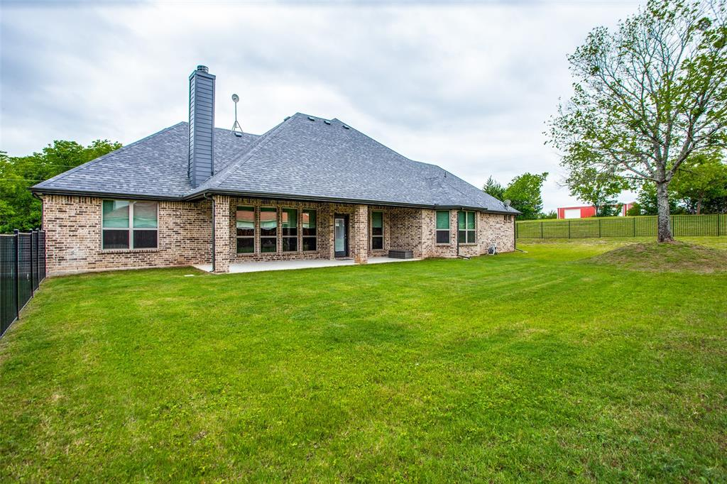 8431 Forest Creek  Lane, Anna, Texas 75409 - acquisto real estate best realtor foreclosure real estate mike shepeherd walnut grove realtor