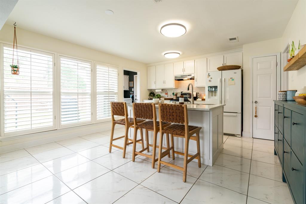 3720 Grasmere  Drive, Carrollton, Texas 75007 - acquisto real estate best listing listing agent in texas shana acquisto rich person realtor