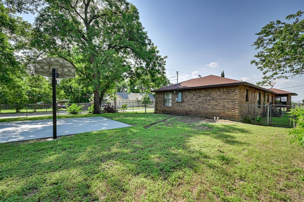 2401 Ben  Avenue, Fort Worth, Texas 76103 - Acquisto Real Estate best mckinney realtor hannah ewing stonebridge ranch expert
