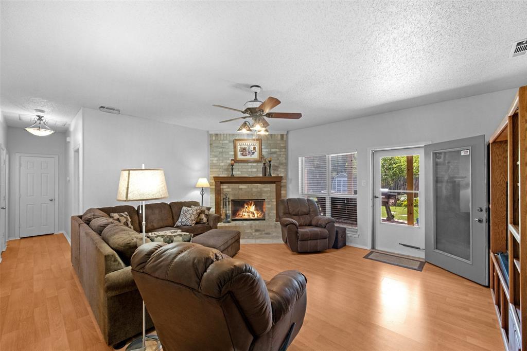 7914 Wayne  Place, Rowlett, Texas 75088 - acquisto real estate best allen realtor kim miller hunters creek expert