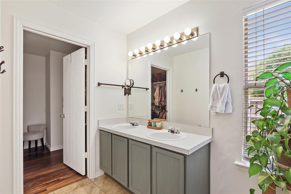 2436 Eagle Mountain  Drive, Little Elm, Texas 75068 - acquisto real estate best designer and realtor hannah ewing kind realtor