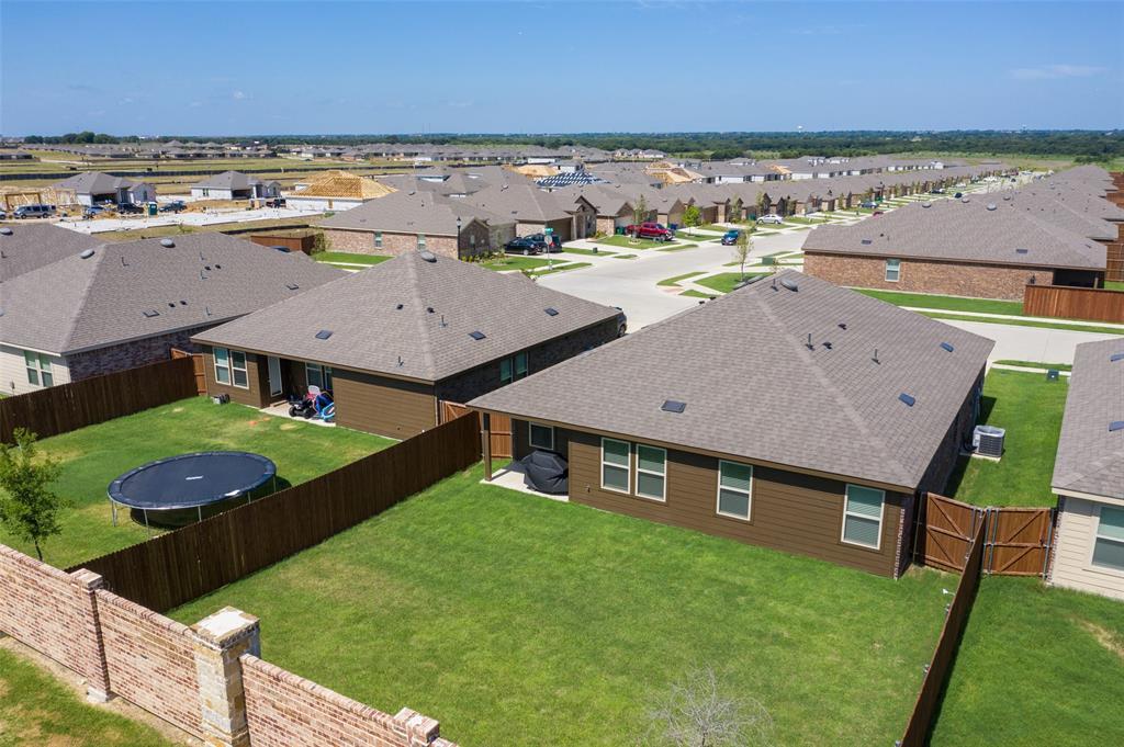 8016 Gallup  Avenue, Aubrey, Texas 76227 - acquisto real estate best frisco real estate agent amy gasperini panther creek realtor