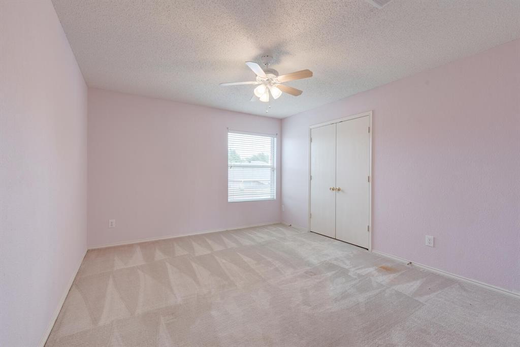 2001 Navada  Way, Fort Worth, Texas 76247 - acquisto real estate best designer and realtor hannah ewing kind realtor