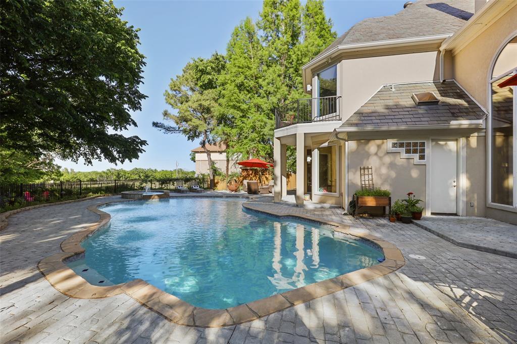 2224 Lakeridge  Drive, Grapevine, Texas 76051 - acquisto real estate best plano real estate agent mike shepherd