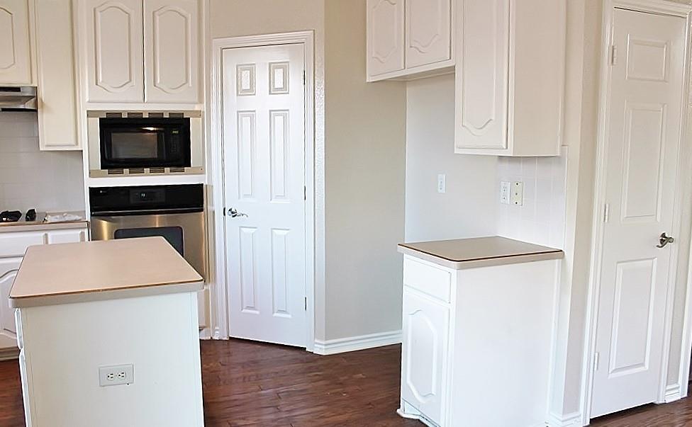 308 Larkspur  Court, Grand Prairie, Texas 75052 - acquisto real estate best highland park realtor amy gasperini fast real estate service
