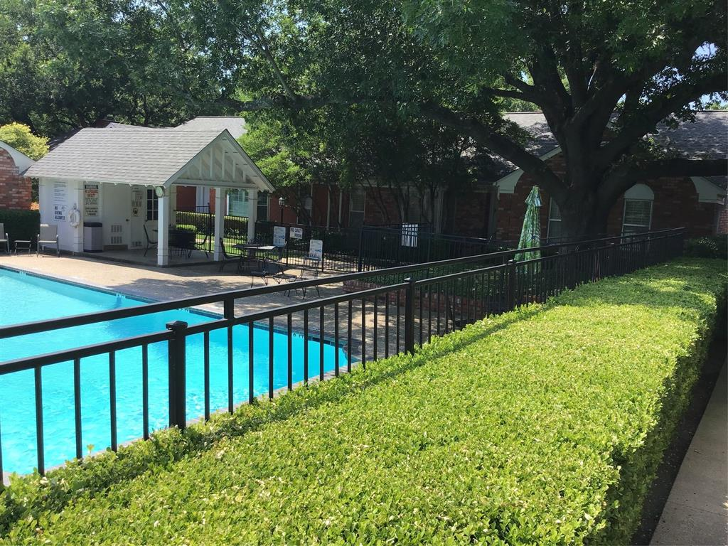 1205 Roaring Springs  Road, Fort Worth, Texas 76114 - acquisto real estaet best boutique real estate firm in texas for high net worth sellers