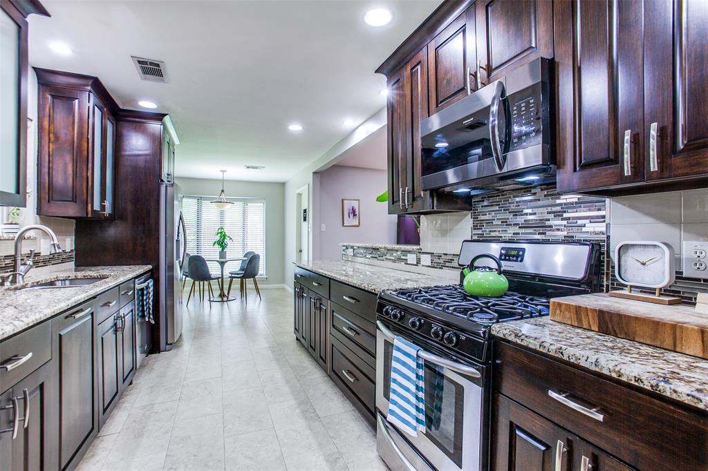 315 Woodcrest  Drive, Richardson, Texas 75080 - acquisto real estate best luxury buyers agent in texas shana acquisto inheritance realtor