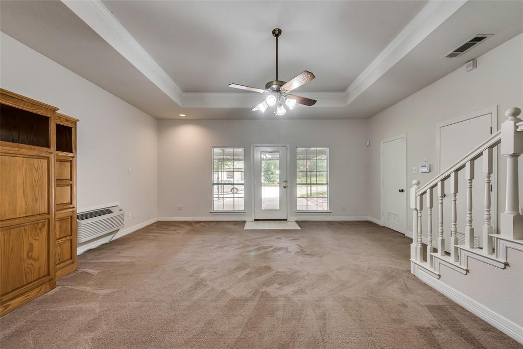 702 Crestview  Lane, Seagoville, Texas 75159 - acquisto real estate best listing listing agent in texas shana acquisto rich person realtor