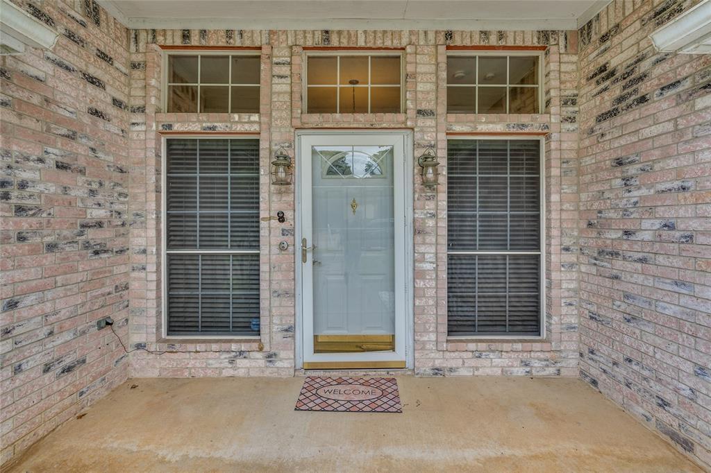 7624 Arbor Ridge  Court, Fort Worth, Texas 76112 - acquisto real estate best photo company frisco 3d listings