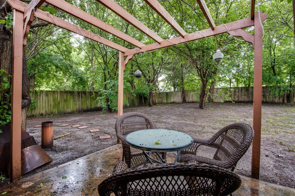 413 Colorado  Street, Sherman, Texas 75090 - acquisto real estate best frisco real estate agent amy gasperini panther creek realtor