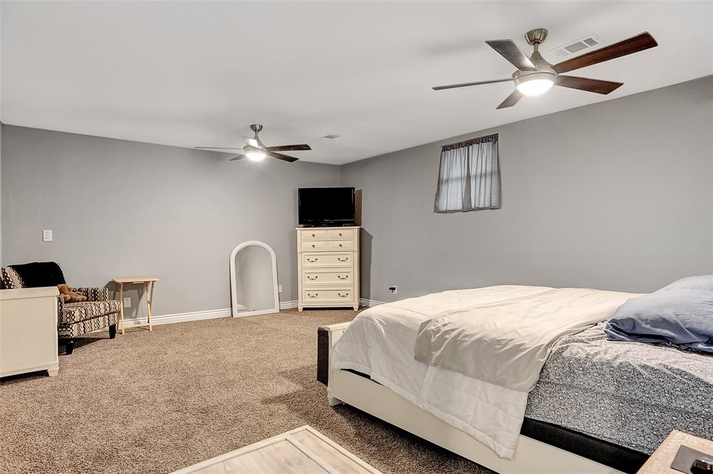 205 Broadway  Street, Whitesboro, Texas 76273 - acquisto real estate best frisco real estate broker in texas for high net worth buyers