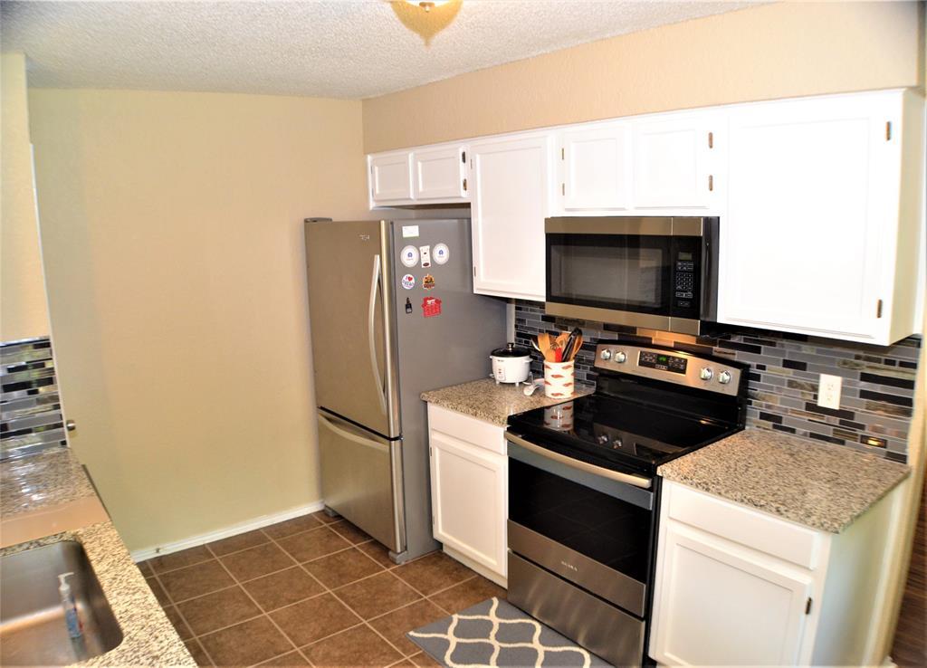 6120 Kary Lynn  Drive, Watauga, Texas 76148 - acquisto real estate best prosper realtor susan cancemi windfarms realtor