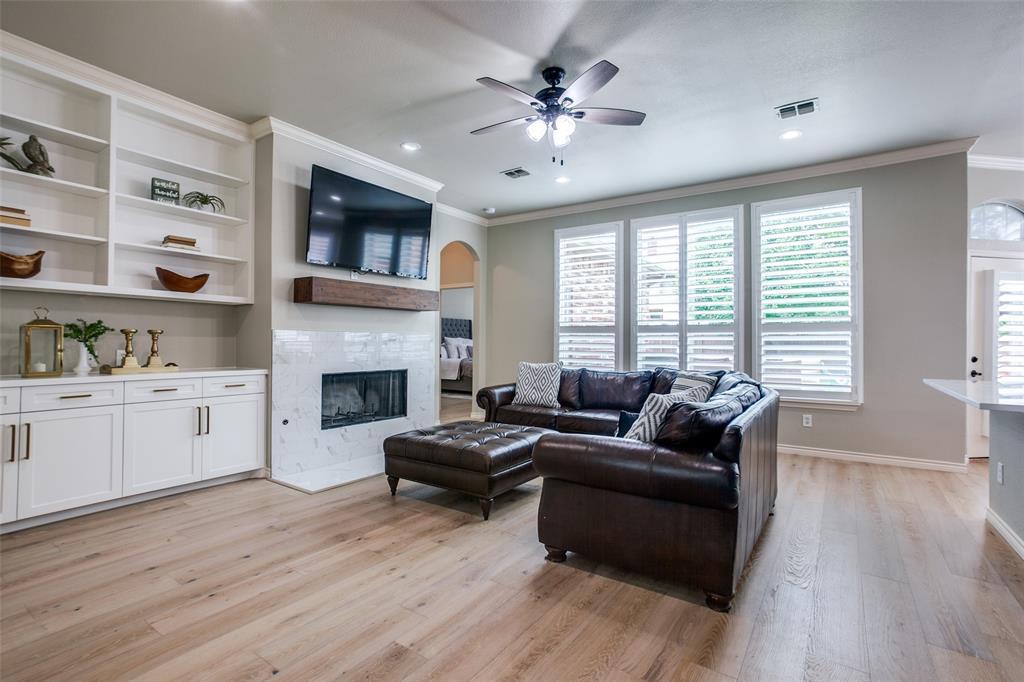 1516 Hunters Creek  Drive, McKinney, Texas 75072 - acquisto real estate best listing agent in the nation shana acquisto estate realtor