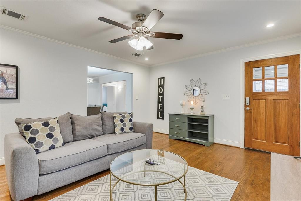 2423 Wentworth  Street, Dallas, Texas 75211 - acquisto real estate best the colony realtor linda miller the bridges real estate