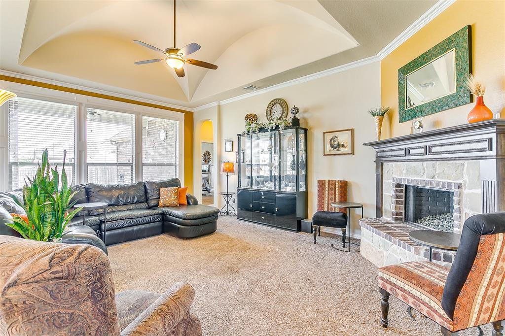 1172 Sapphire  Lane, Burleson, Texas 76058 - acquisto real estate best celina realtor logan lawrence best dressed realtor