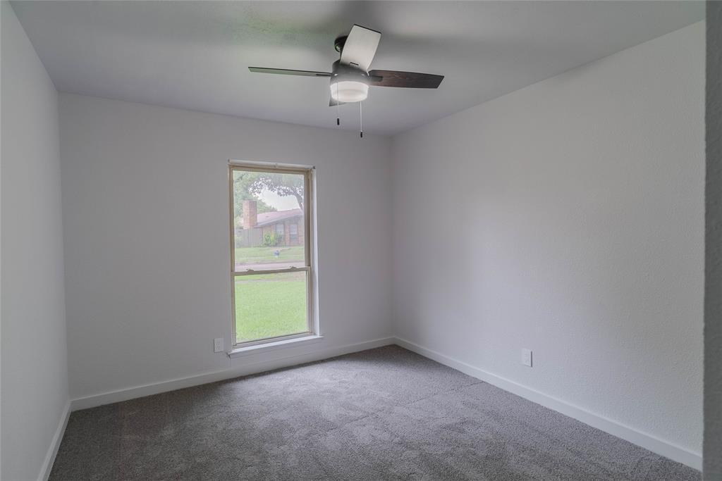 8601 Grumman  Drive, Dallas, Texas 75228 - acquisto real estate best investor home specialist mike shepherd relocation expert